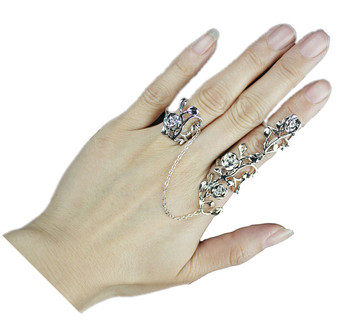 Unique Flower-shape Two Finger Link ring Above Knuckle Midi Ring