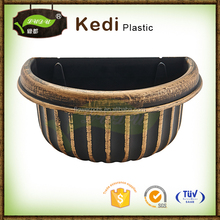 Plastic Semicircular flower vase, flower pots painting designs plastic plates Hanging on The Wall