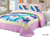 interlaced Color Blocks Floral Patchwork Bedding Sets / Patchwork Quilts