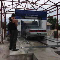 Mobile automatic car wash machine with foam, wax and drying systems