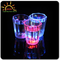 LED Flashing Lighting Up Liquid activated plastic drinking blinking glass