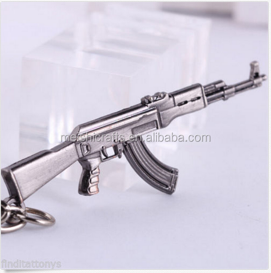 2016 NEW Gun Pendant Key ring chain Cross Fire 65mm AK47 Weapon Model Metal