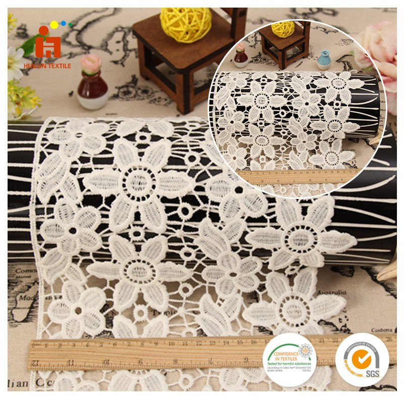China wholesale knitted raschel lace fabric embroidered french guipure lace trim