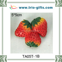 Resin strawberry fridge magnet decoration
