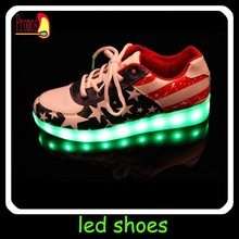Wholesale unisex Led light sport shoes glow sneakers running shoes
