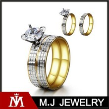 Two Tone Stainless Steel Engraved Vintage Crystal Gold Wedding Ring for Couple Lovers