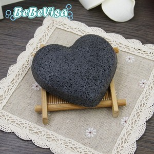 Lovely Heart Shaped 100% Natural Bamboo Charcoal Face Wash Cleaning Konjac Facial Impurity Cleaning Sponge