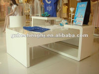 Shoe shop decoration ideas fashional wood shoe display