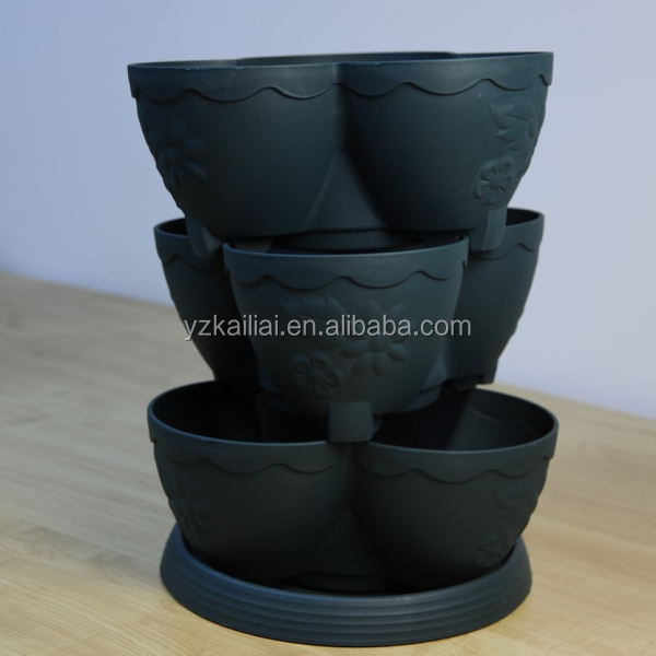 stackable plastic flower pots