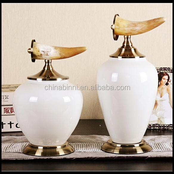 Wholesale French Country White Ceramic Storage Jar With Metal Lid Ceramic Bird Home Decoration Pieces Making Small MOQ Instock