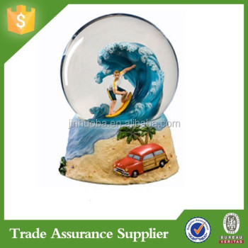 Surfing fan souvenir custom polyresin snow globe