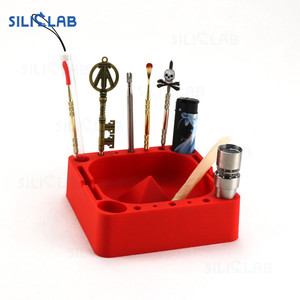 Humanization Design Multifunctional Home Decor Square Silicone Cigar Hemp Ashtray for Easy Smoking