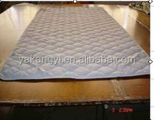 white colour with quilted pattern mattress protector water proof