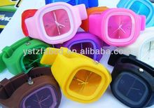 2013 new design promotional cheap silicone jelly watch,children watch