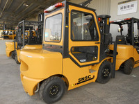 forklift 3ton with cabin