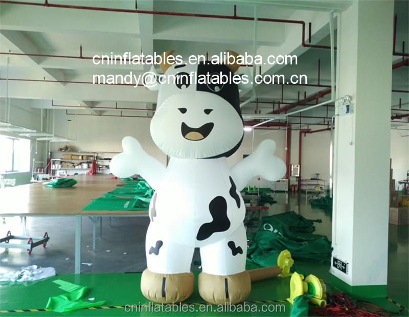 Giant Advertising Inflatable Cow Cartoon