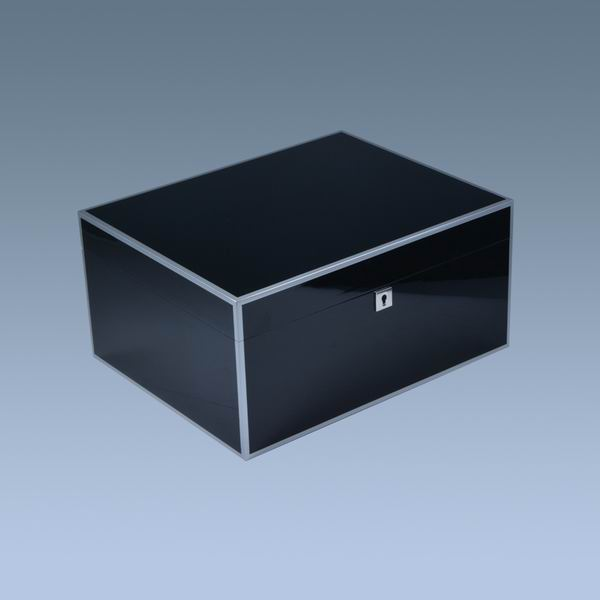 Black lacquer high glossy finished OEM wood humidor box cigar