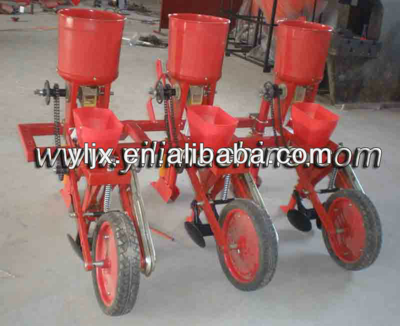 tractor fertilizer spreader/ seeder