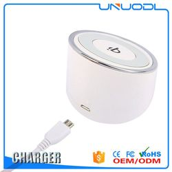 2016 Top selling cylindrical /wood shape wireless mobile charger low price