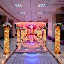 Tall wedding decorative LED ligth metal pillar for wedding road decoration
