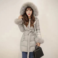 2016 Fashion Women Wholesale Parka Jackets Ladies Zipper Front Closure White Duck Down Real Fox Fur Hooded Winter Coat