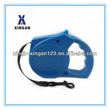 Retractable pet training collar for dogs