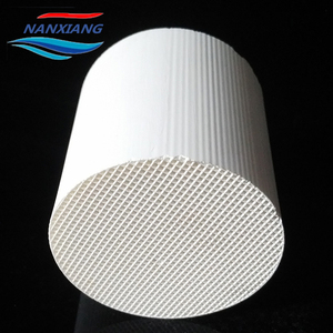 Car exhaust honeycomb ceramic catalyst carrier