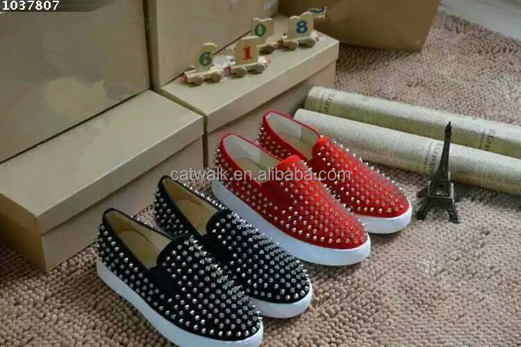 Manufacturer 2015 guangzhou men shoes men's studded shoes spikes sneaker shoes