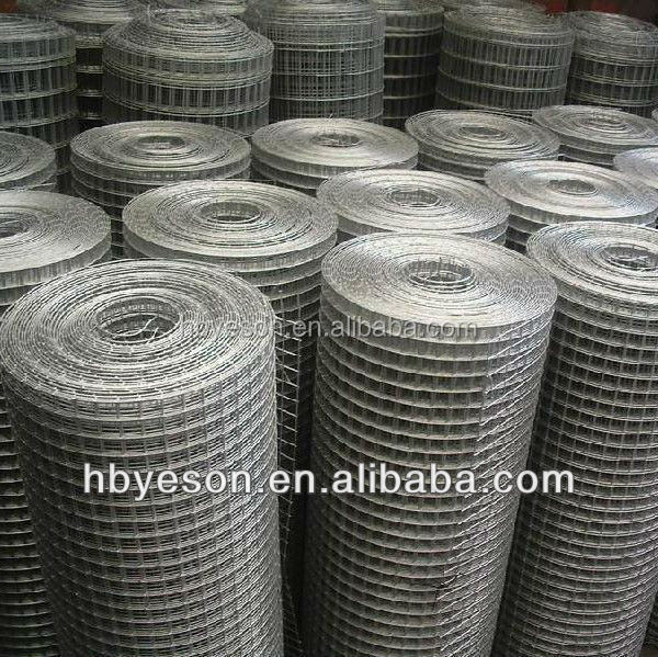 Quot roll galvanized mesh fence welded wire