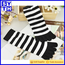 Bulk wholesale 2016 hot new product custom pattern socks women
