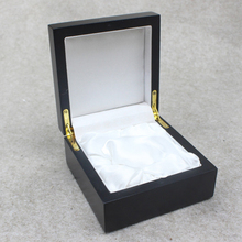 Custom OEM luxury fashion gift black wood packaging box, wooden watch box, jewellery box