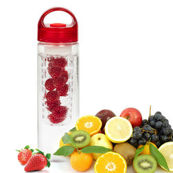 Custom and wholesale 24oz BPA free durable plastic fruit infuser water bottle