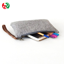 2017 best quality custom cheap cell phone cover protective felt phone pouch with zipper closure
