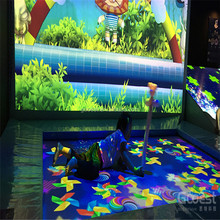 Newest kids amusement park playground trampoline interactive projection game