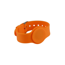 13.56MHz NFC Bracelet Ntag213 waterproof rfid wristband/ silicone wrist band