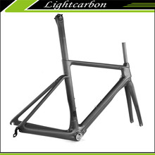 Strong and Stiff Carbon Fiber Road Bicycle Frame Di2 Compatible Aero Carbon Road Bike Frame