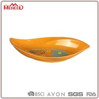 Japan restaurant used food grade ornaments boat shape plastic melamine sushi plates