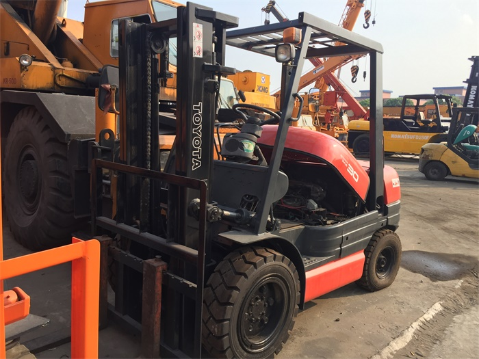 Open Vision Japan Origin 7FD30 Toyota 3 Ton Used Forklift with Good Quality Good Price