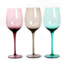 Haonai M-30390 popular antique colored wine glass cups