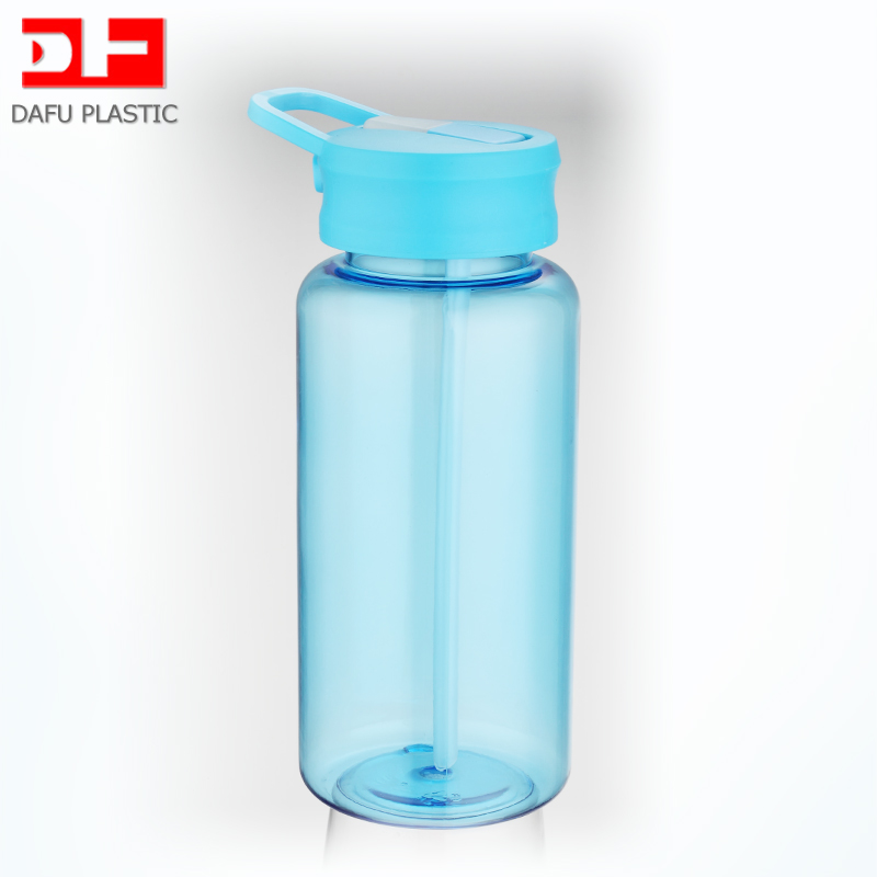 2017 New design plastic bottle with straw 1000ml BPA Free Tritan plastic sports bottle with screw cap
