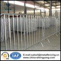 Metal hot-dipped crowd barrier factory