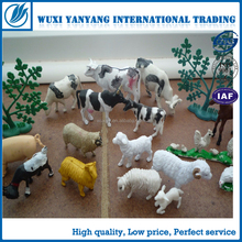 Eco-friendly 2 inches plastic small farm animal toys for kids