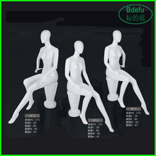 Female mannequin / sitting mannequin/ cheap display mannequin