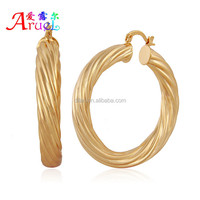 Women big size round shape used in any occasion and seasons gold earrings have spot wholesale support small orders