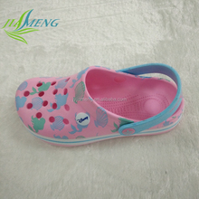 2015 new model EVA comfort kid plastic garden shoes fashion clogs