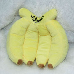 Lovely Pillow Squeaky Plush Yellow Bananas Safa Dog Toys Pet Toys Funny Playing Chew Factory Produce T019
