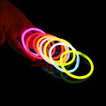 Glow in dark 8 inch glow barcelet, 100pcs per tubes glowsticks, light sticks