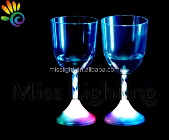 Customized flashing LED cup for drinking with Colorful light for party