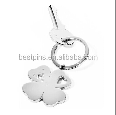 troika lucky Four Leaf Clover diamante keychain
