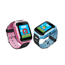 YQT 2018 탑 잘 팔리는 child gps tracker wrist watch 추적/kids smart watch mobile phone Q529